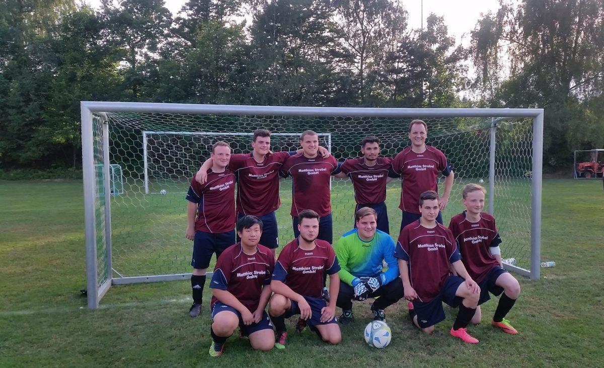 Sieg beim Hobby-Fußballturnier